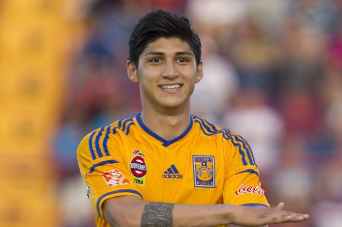 Secuestran al futbolista Alan Pulido