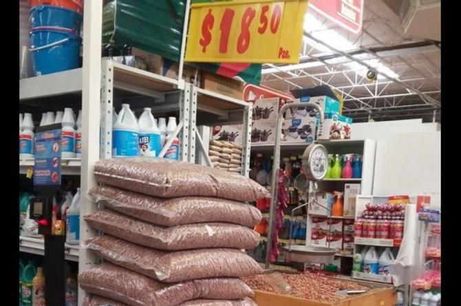 ¡Otro error más! Joven compra 18 costales de croquetas a 18.50 c/u ¡por error en el precio!
