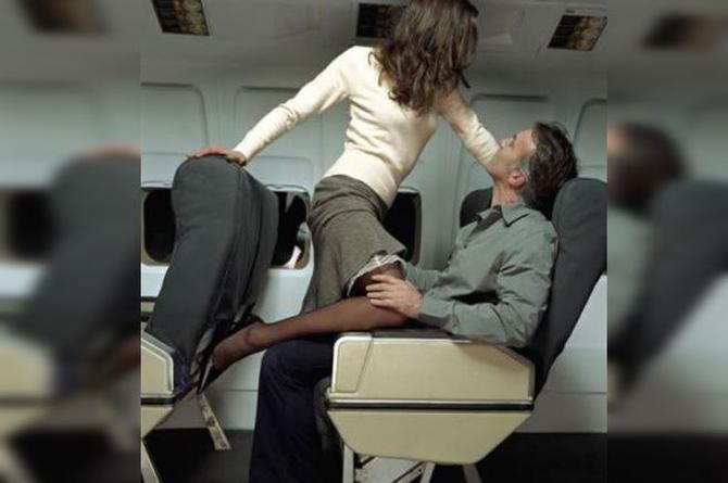 Aerolínea cumple tu fantasía de tener SEX0 en un avión (+VIDEO)
