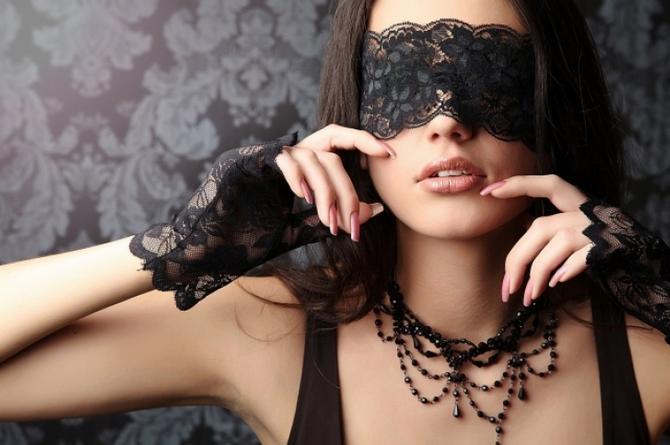 3 fantasías sexuales que harán tu relación más cachonda