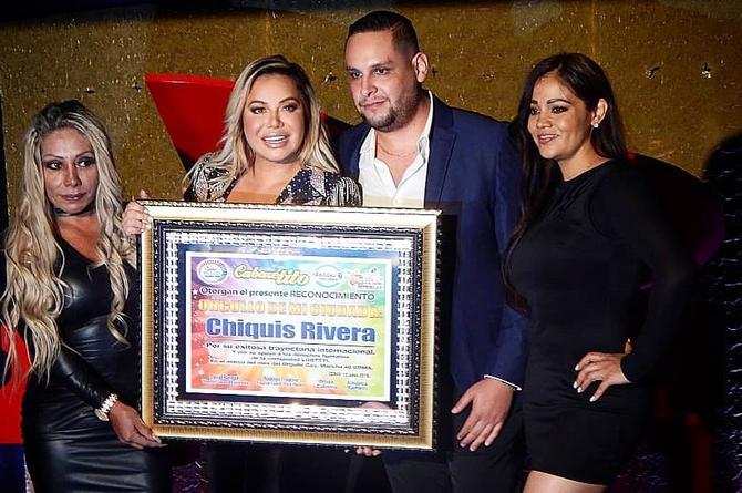 Chiquis Rivera es galardonada por la comunidad gay de México (+FOTO)