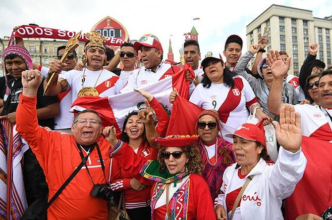 Aficionado peruano se provoca discapacidad para poder ir a #Rusia2018