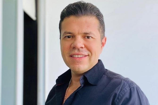 Jorge Medina estrena 'Tres vidas', pídela en LA FIERA 94.1 FM (+video)
